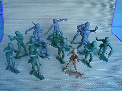 Vintage Louis Marx toy soldiers 6 inch 1963 large lot of 14 mixed.