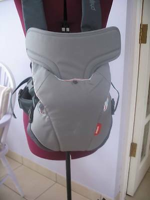 New unused  baby carrier  newborn to approx. 24 months