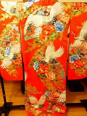 SUPERB Japanese Geisha Uchikake/Wedding Kimono Red Silk Embroidered Cranes 1Size