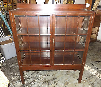 Antique 1900's Mission Craftsman Style Oak China Cabinet Bookcase Original Glass