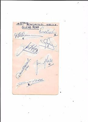 7 Original Autographs Of Newcastle United v Leeds United @Elland Road 20/10/1962