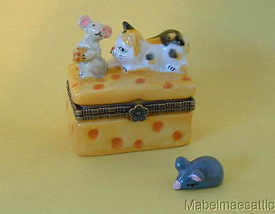 New Calico Cat Kitten on Swiss Cheese with  Mouse Porcelain Hinged Trinket Box