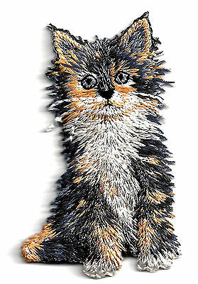 CATS - KITTEN, GRAY & GOLD-Iron On Embroidered Applique/Cats, Pets, Kittens