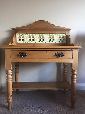 Antique Victorian Wash Stand