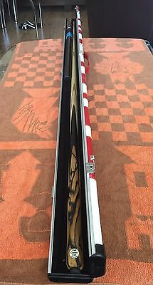Lovely Tom Classic Cue(Thailand) 1 Piece Cue With Extensions & Peradon Halo Case