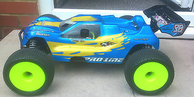 Hong Nor X1 CRT Pro 1/8th Stadium Truck RC Truggy Off Road 4WD Rolling Chassis
