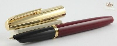 Aurora Duo-Cart Bordeaux With Gold Trim Fountain Pen Attractive And Magnificent!
