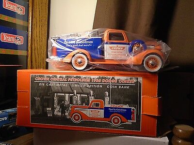 Crown Central Petroleum 1936 Dodge Tanker Liberty Classics Diecast Bank #72036