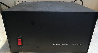 Astron RS-20A 20 Amp DC Power Supply 120 Volts AC in / 13.8 Volts DC Out