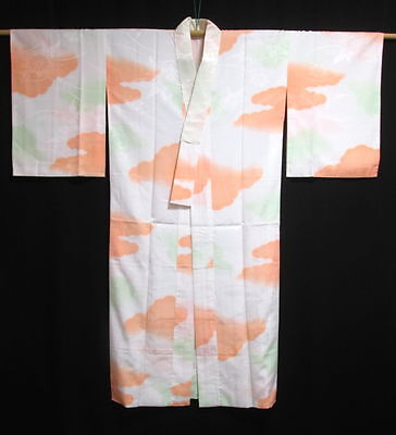 Vintage Japanese White/Peach/Green 'Flowers & Clouds' Nagajuban/Kimono/Robe M/L