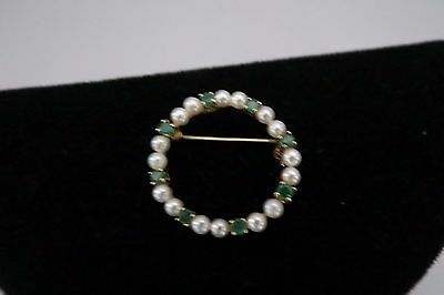 Lovely Pearl and Emerald Circle Pin – Excellent