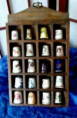 Collecitible Vintage Assorted Thimbles In Vintage Display Case