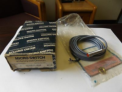 Wholesale Liquidation Honeywell Micro Switch 922Aa1Y-A4P Nos
