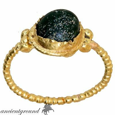 Intact Early Or Post Medieval European22 Carats Gold Ring With Nice Green Stone