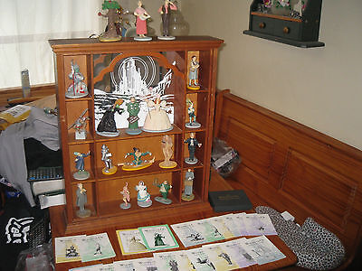Franklin Mint Wizard Of Oz  complete set of 20 with display case and the cards