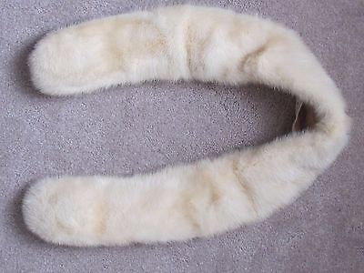 Vintage 1940s White Fur Collar Wrap Stole Scarf Clip On Velvet Lined Estate