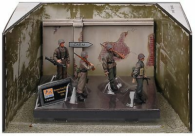 Easy Model 1/35 German Soldiers In WWII- Waffen SS Normandy 1944 4 Figures 33600