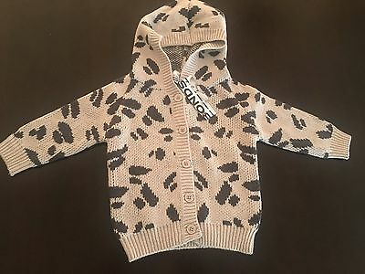 BONDS baby knitted jacket with hood. Size 0 (6-12 months). RRP $44.95. BNWT