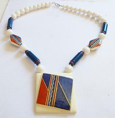 VINTAGE 60's BLUE RED LAMINATED LUCITE CERAMIC PENDANT STATEMENT NECKLACE BEADS
