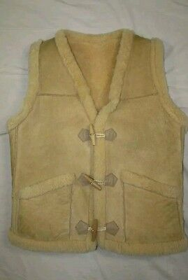 New Zealand sz 36 (fits 40/M) Sheepskin Sherpa-lined Wooden Toogle Leather Vest