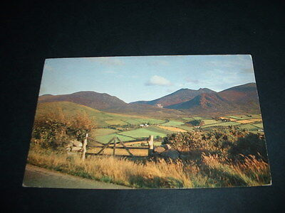 N.IRELAND  POSTCARD  MOURNE MOUNTAINS WITH SLIEVE DONARD Co DOWN
