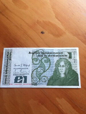 Central Bank Of Ireland £1 Pound Note  02-20-84 Hb1 166923 Uncirculated