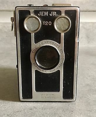 Vintage Mergott Jem Jr. 120 Box Camera. 1940s