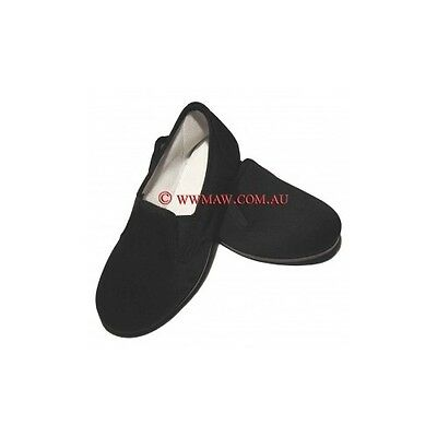 Kung Fu Slippers - Plastic Upper Sole