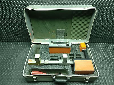 Metrotech 810 Cable / Pipe Locator USED W/TRANSMITTER & CASE