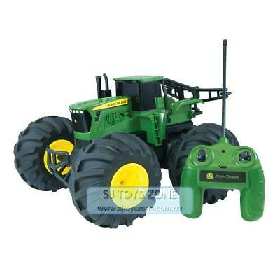 ERTL John Deere Monster Treads Rechargeable Radio Control Tractor Stand & Spin T