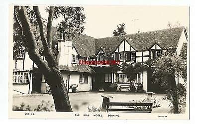 Berks The Bull Hotel Sonning Real Photo Vintage Postcard 2.6