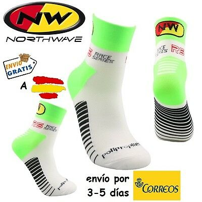 CALCETINES CICLISMO NW CYCLING SOCKS, color Verde Fluor