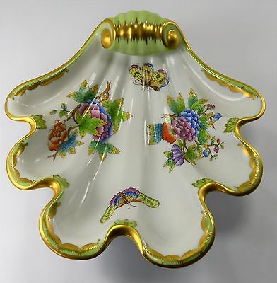 Queen Victoria Porcelain Shell Shaped Serving Dish By Herend-Hvngar New Like!
