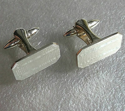 Vintage Cufflinks Metal 1960's 1970's Retro Mod Pale Goldtone Metal Stratton