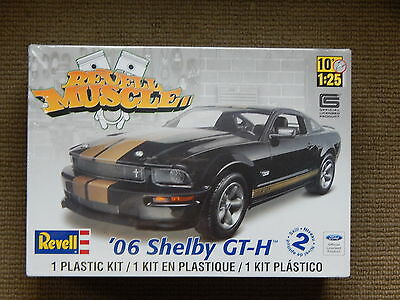 Revell '06 Shelby GT-H Mustang Muscle Car Model Kit ~ 1/25 scale