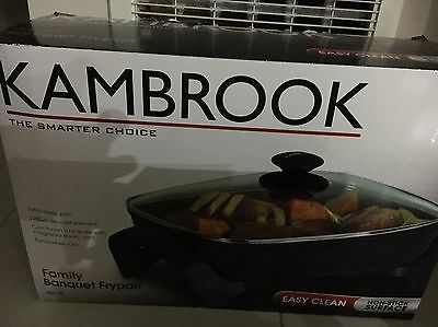 Kambrook KEF170 Family Banquet Electric Frypan -as New Can Post !!