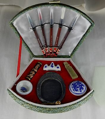 New Fan Shaped Fabric Covered 5 Brush Calligraphy Box Contains All Requirements