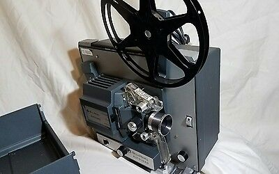Bell & Howell Autoload 8MM 357B Motion picture/ Movie Projector