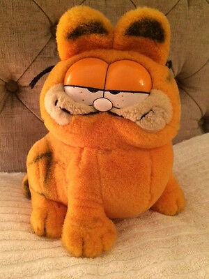 "Vintage Garfield Soft Toy Cat,1981, 10"" Seated, Good Condition"