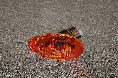 Vespa ET4 right rear turn signal indicator assembly 293604