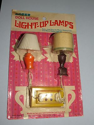 VINTAGE 1960's - 70's MINER DOLL HOUSE LIGHT UP LAMPS  #4334 New old Stock Lot