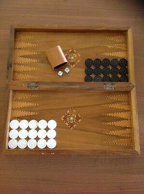 Large Timber Cased BACKGAMMON SET VINTAGE FOLDING TRAVEL SET Wooden Case