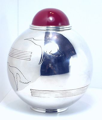 Exceptional Art Deco rare and very beautiful solid silver jar vase