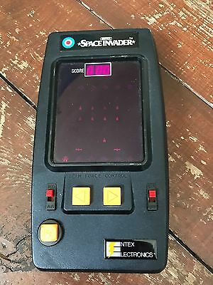 Vintage 1980 Space Invader Hand Held Entex game