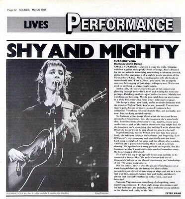 30/5/87pg32 Live Review & Picture, Suzanne Vega, Hammersmith Odeon