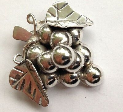 Beautiful Vintage Mexican Sterling Silver Grape Pin Brooch