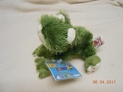 NEW Adorable Webkinz Green 'Frog' #HS001 New With Sealed Code FREE SHIP