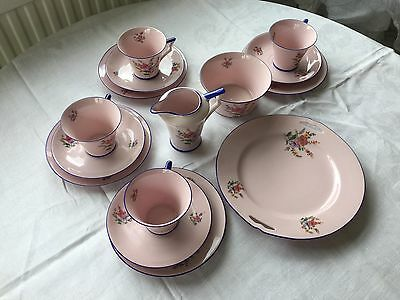 Fifteen piece tea Set