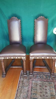 A Magnificent Pair Of 18 Century Spanish Top Leather Chairs With Oak Wood