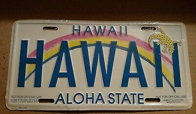 VINTAGE Aloha State License Plate Spotted Gecko Souvenir tag from Hawaii